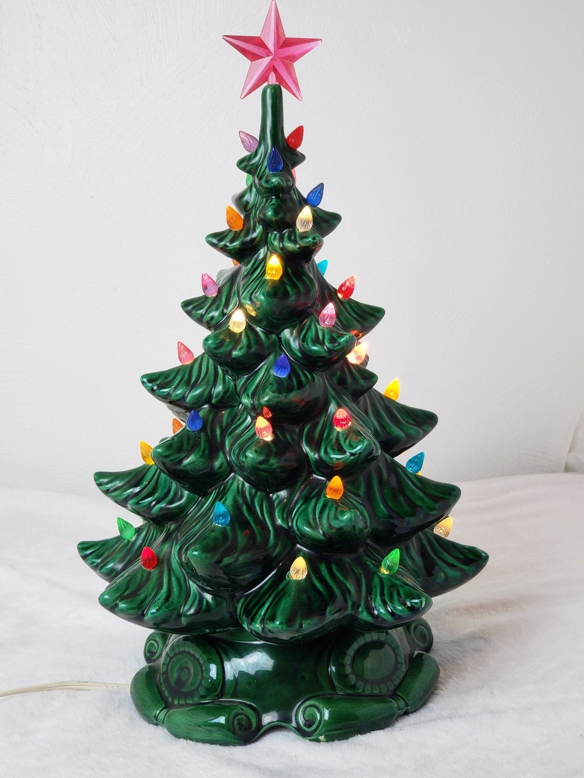 Vtg Christmas Lighted Ceramic Tree Atlantic Mold 17 Multi Colored