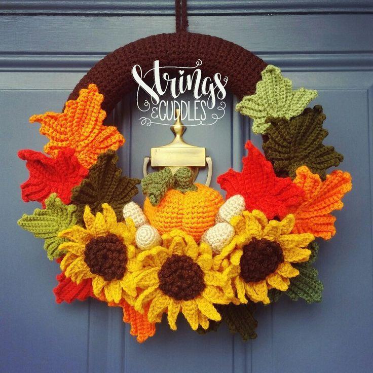 Photo of Autumn / Fall Wreath Crochet