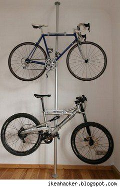bike rack rangement atelier garage garage organization ideas pinterest rangement maison. Black Bedroom Furniture Sets. Home Design Ideas
