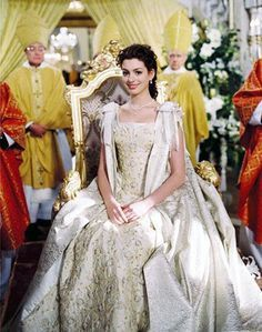 ella enchanted short wedding dress - Google Search | Anne Hathaway ...
