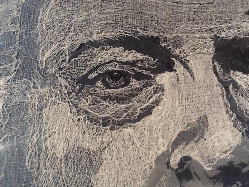 Mary Pal Designs.  Arte textil.   Esculturas em gaze e, em seguida, aplicado a um pedaço de pano.
