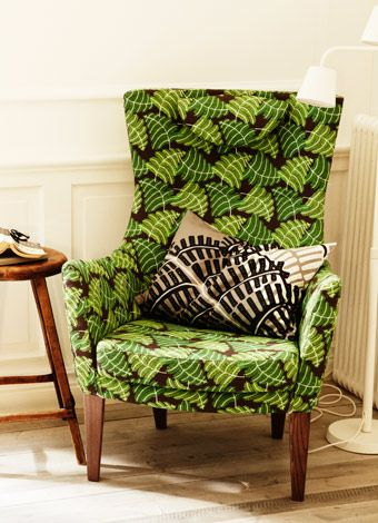 stockholm sessel mit hoher r ckenlehne und bezug mosta in gr n. Black Bedroom Furniture Sets. Home Design Ideas