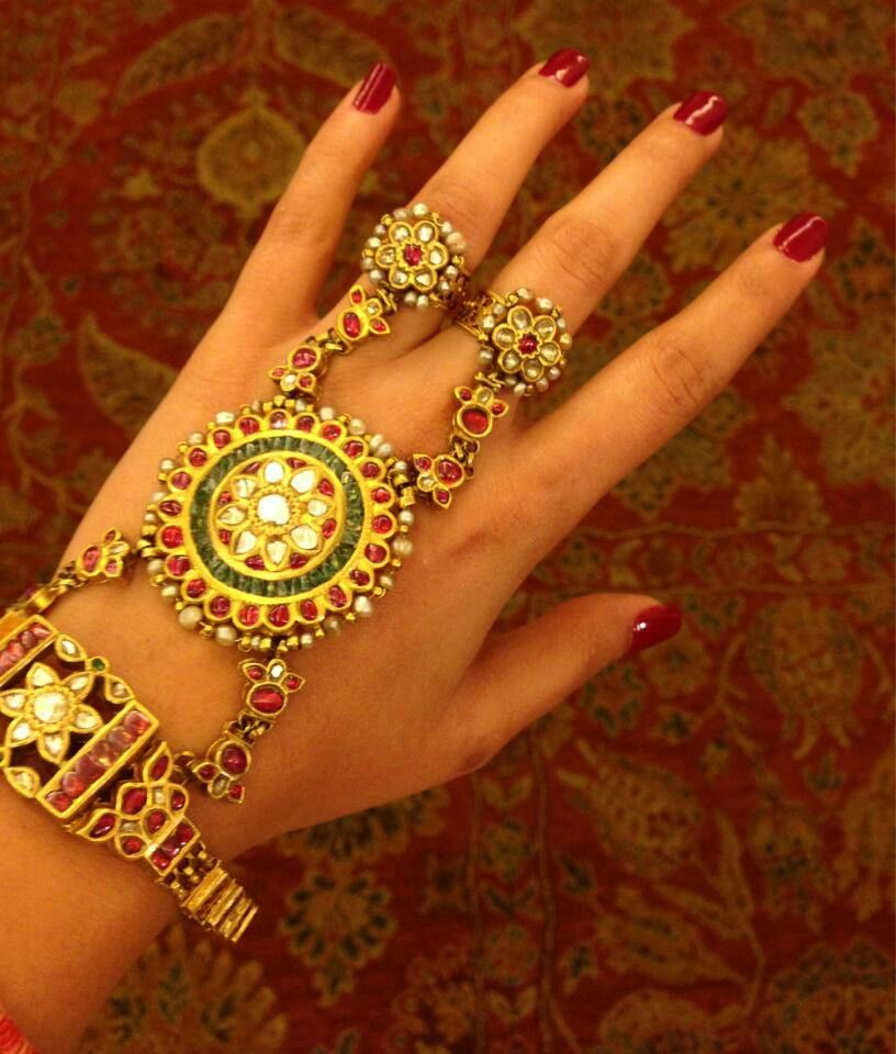 Two ringed kundan Hathphool. | Kundan and Pearl Jewellery ...