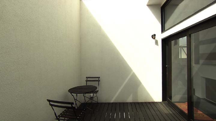 中2階 前庭デッキ