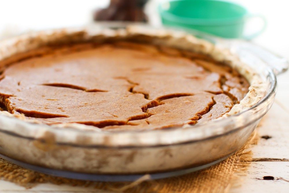 Fruit-Sweetened Pumpkin Pie - sub arrowroot for cornstarch.  Use own flour blend.  Oat, br. rice, and tapioca?