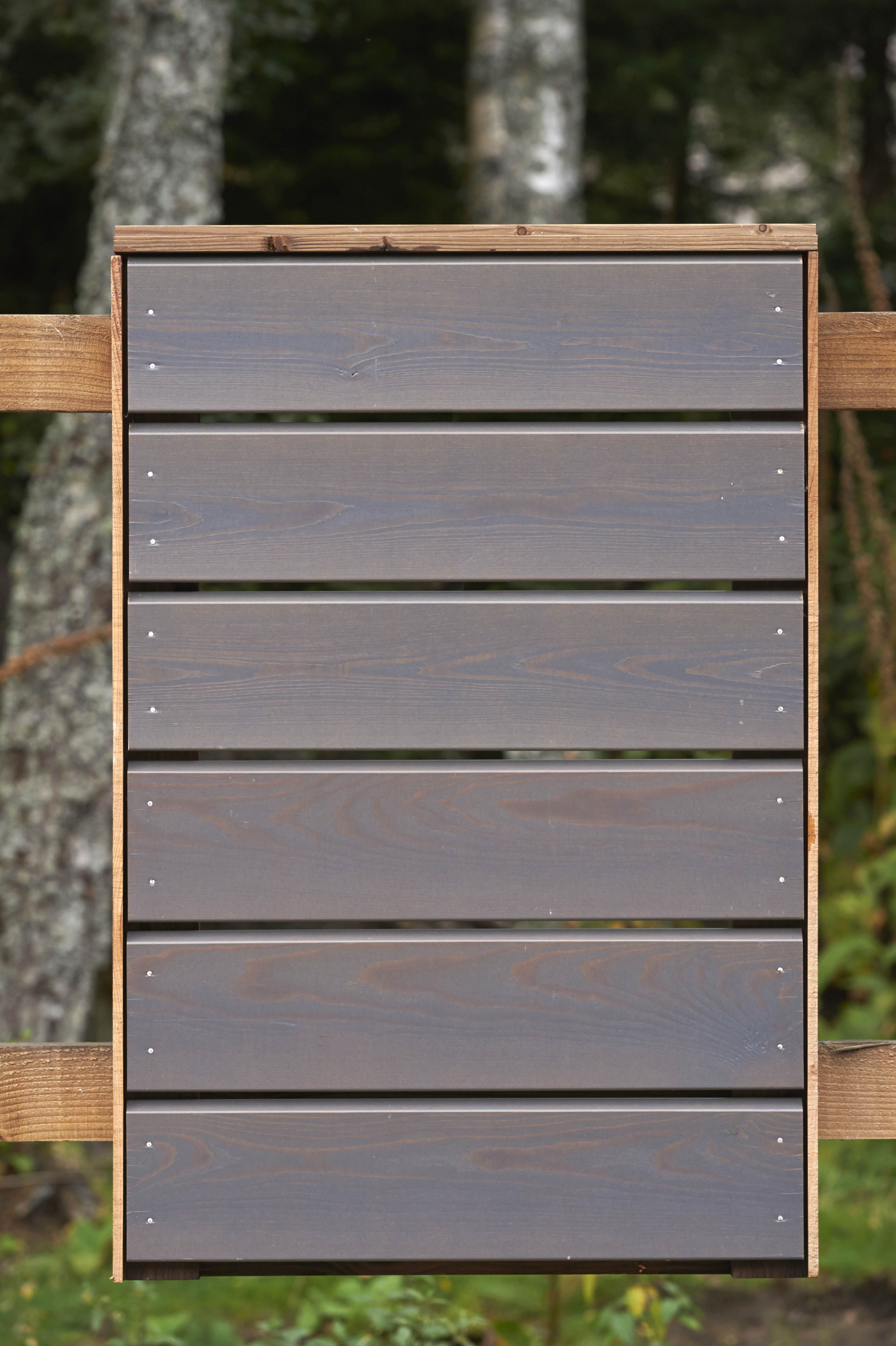 How to paint boards from larch 28