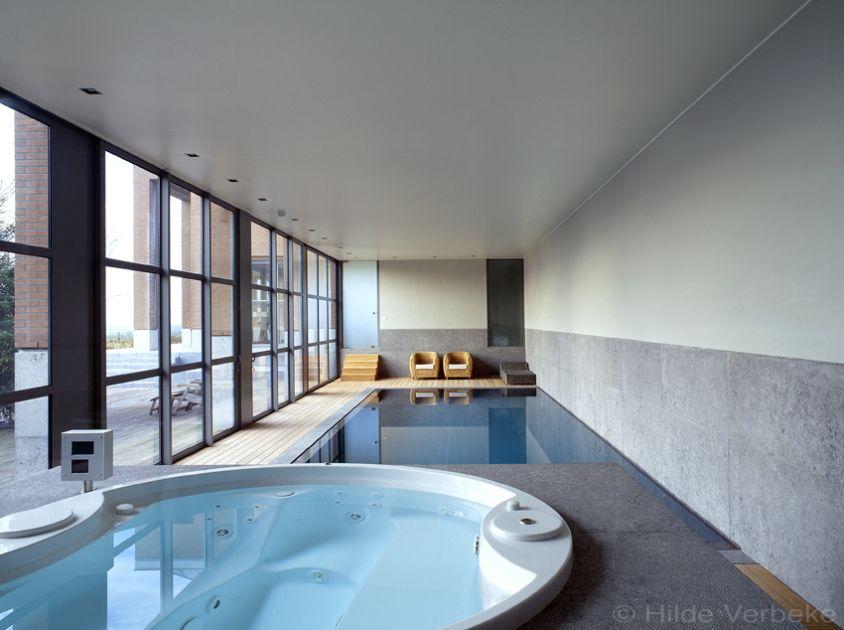 Binnenzwembad zwembaden mozaiek zwembaden overloop zwembad