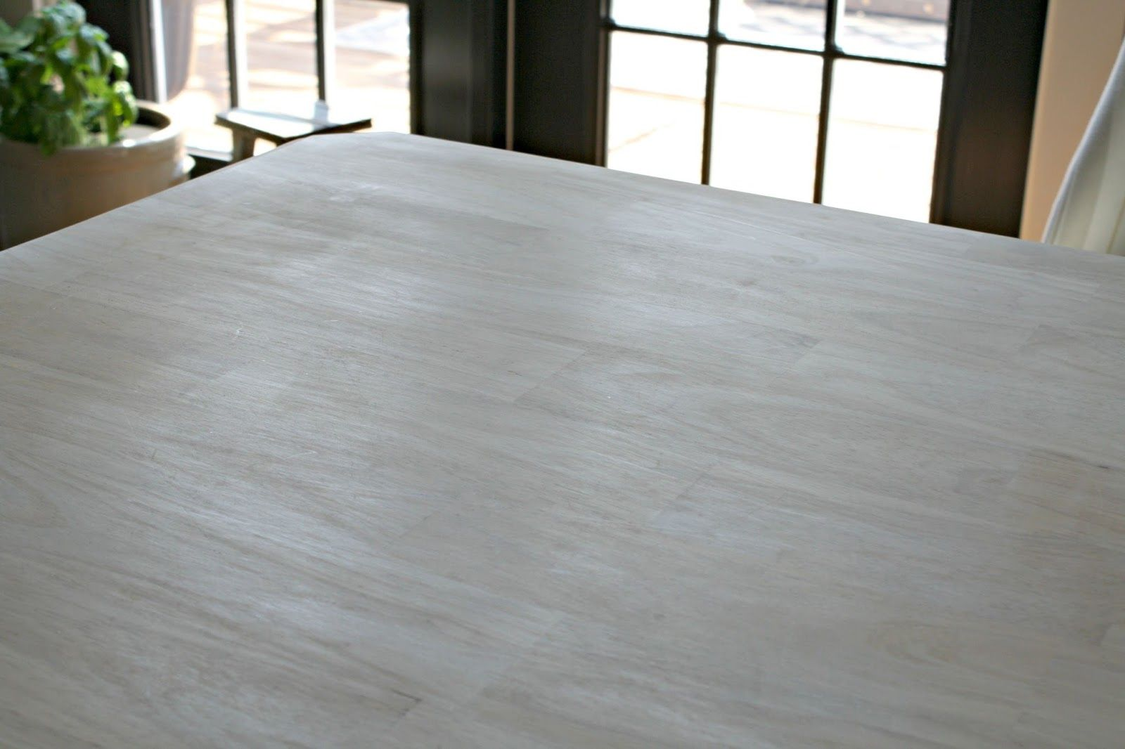 painting a kitchen table