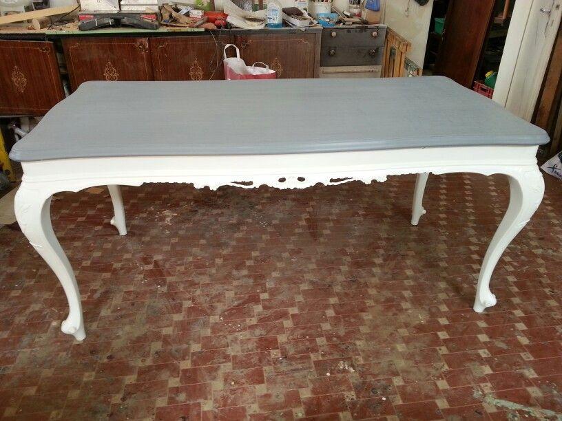 Mobili decapati ~ Tavolo in stile laccato bianco piano grigio marezzato mobili