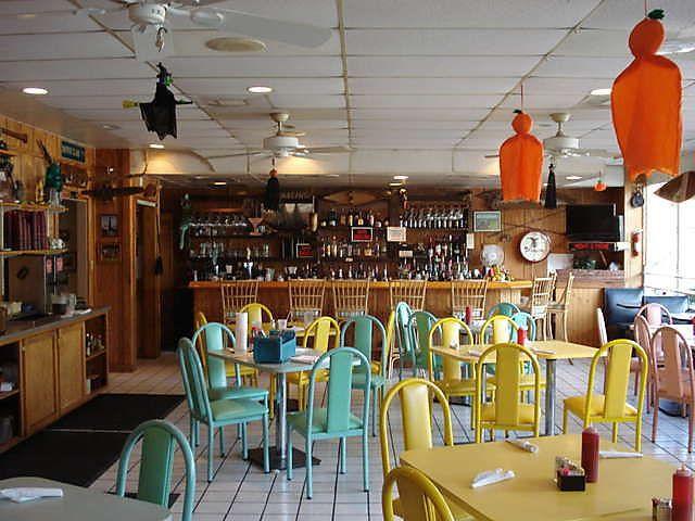 Baudean S Seafood Restaurant Near Mobile Bayou La Batre And Theodore Al