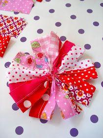 Eine Blume aus Stoffresten in rot & pink ziert nun meine neue Lieblingstasche vo…