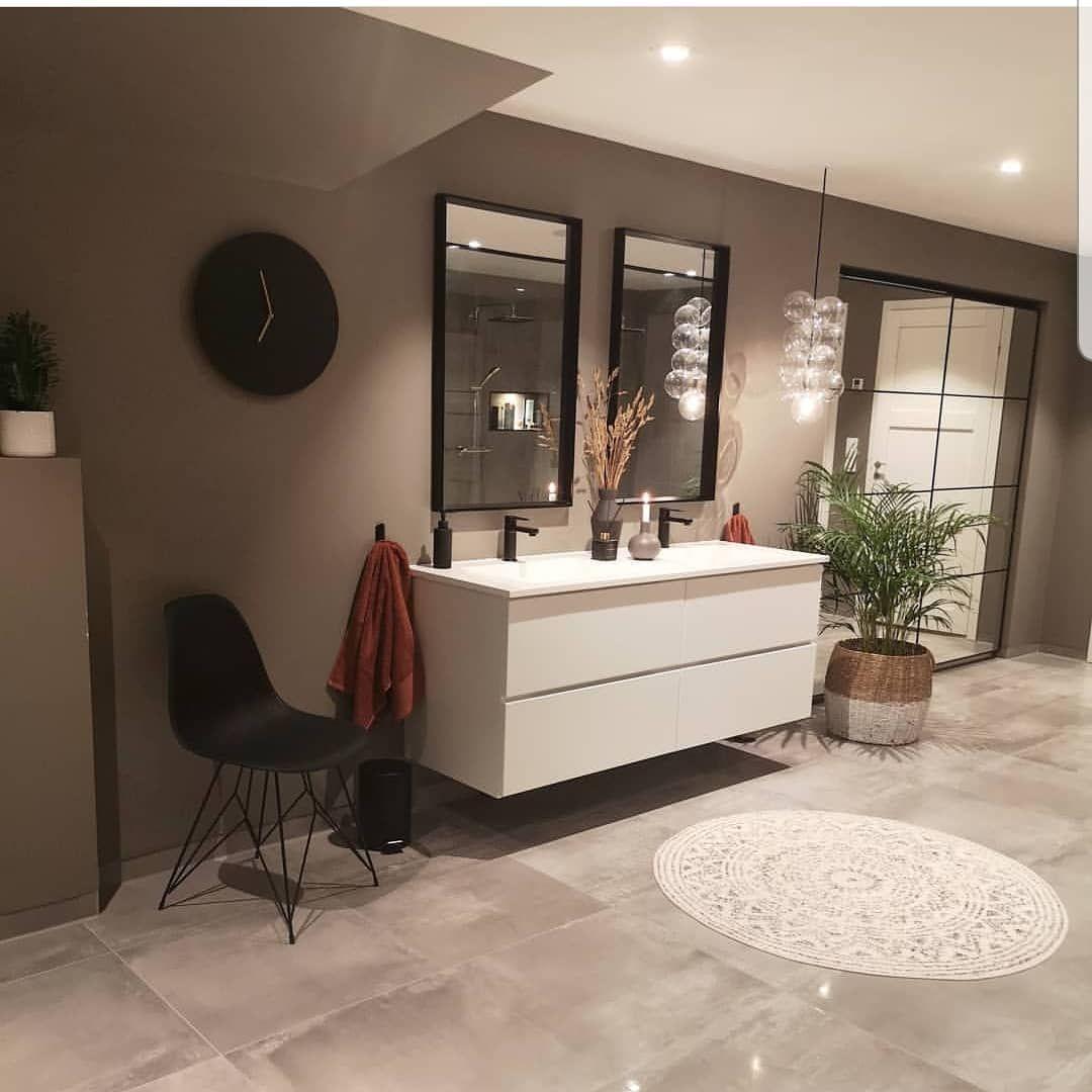 Guten Morgen Wer würde sich auch gerne in so einem schönen Bad mit Kleiderschran - Guten Morgen🌸 Wer würde sich auch gerne in so einem schönen Bad mit Kleiderschrank fertig machen ? 👋  Good Morning who gonna like to get ready in this awesome Bathroom?  @villa_nordhelle  #interior #interiordesign #einrichtungsideen #hausbau #innenarchitekt #möbel #homedesign #inspo #inspiration #Bathromminspo #badezimmer #begehbaredusche #begehbarerkleiderschrank #homedesign #homeinspiration #hausbautagebuch #h