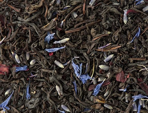 This is a sweet, creamy, delicious black tea with floral hints. The vanilla and cream soften the bergamot citrus edge. You can still enjoy this variation with milk.