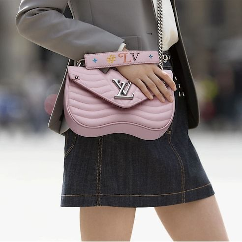 View 2 - Louis Vuitton New Wave Chain Bag MM LV New Wave Leather in Women s Handbags  Handbags collections by Louis Vuitton 2f760b4c4d