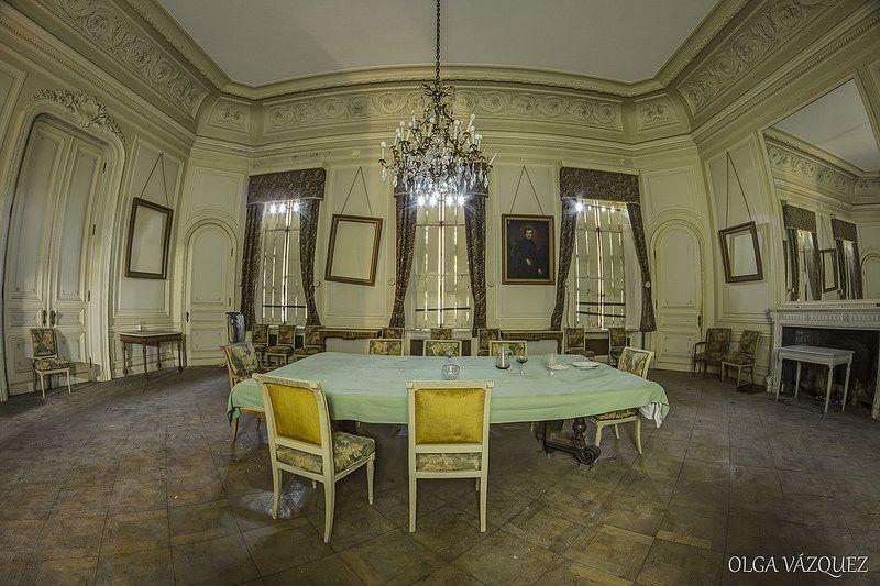 Chateau de la Foret 71