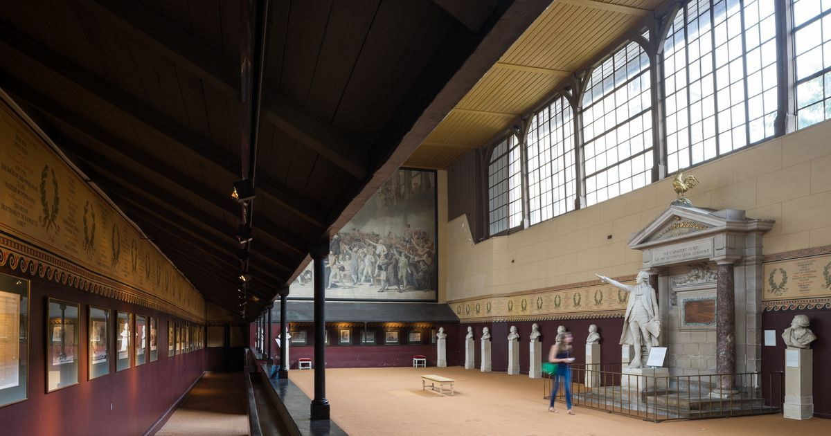 Come And Discover The History Of The Royal Tennis Court At