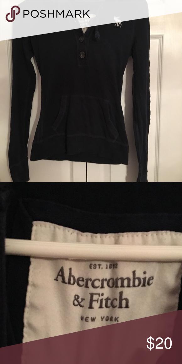 ABERCROMBIE   FITCH LONG SLEEVE LOGO SHIRT Long sleeve Abercrombie   Fitch  logo long sleeve shirt 2ddb28b85104d