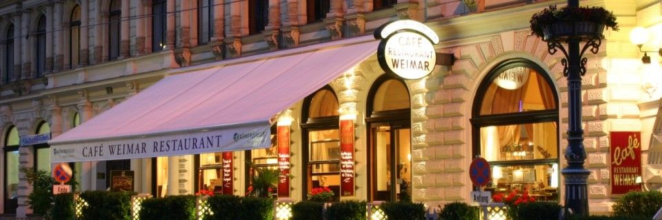 Cafe Weimar kaum 100 Schritte von der Wiener Volksoper, dem ehemaligen Kaiser-Jubiläums-Stadttheater, entfernt.