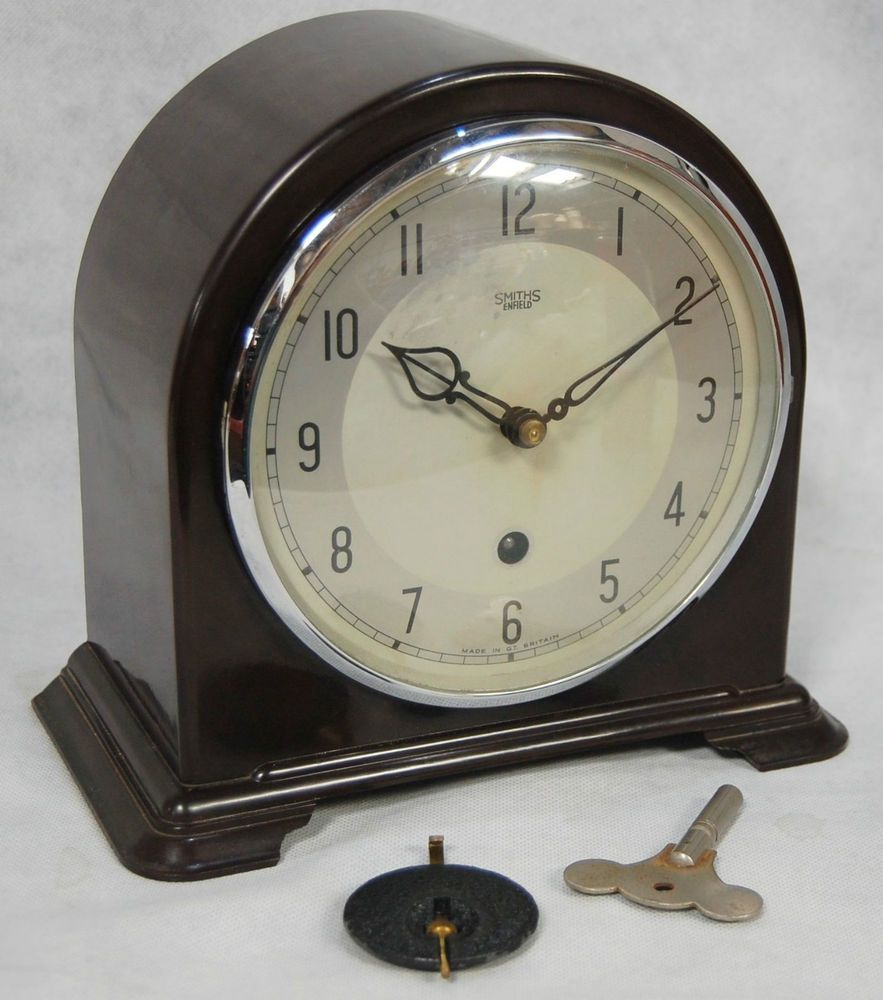 Vintage 1950s Smiths Enfield 8 Day Brown Bakelite Dome
