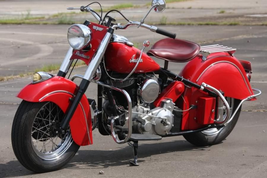 1953 Indian Motorcycle I Think These Look So Much Better Than The Harley Indian Motorcycle Motorcycle Sweet Ride