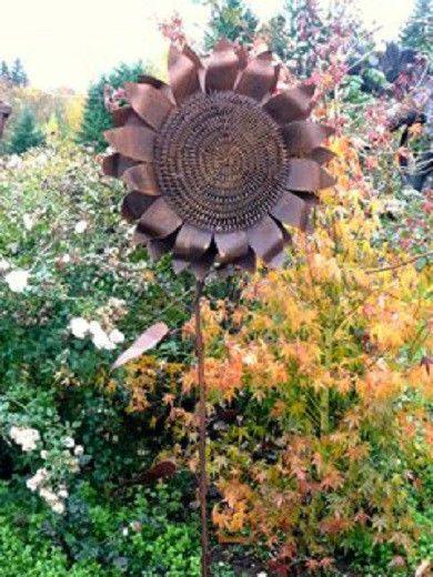 Cut Iron Metal LARGE Sunflower Garden Stake Yard Lawn Outdoor Landscape  Decor