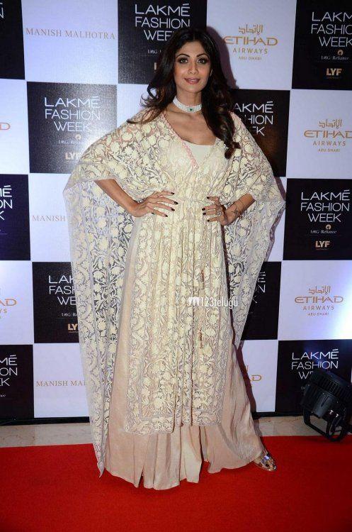 Shilpa Shetty at Lakme Fashion Week 2016 : Shilpa looked gorgeous in ...