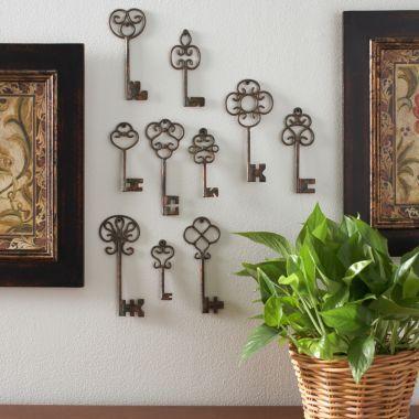 Vintage keys wall art - so kappa!!   Apartment   Pinterest   Walls ...