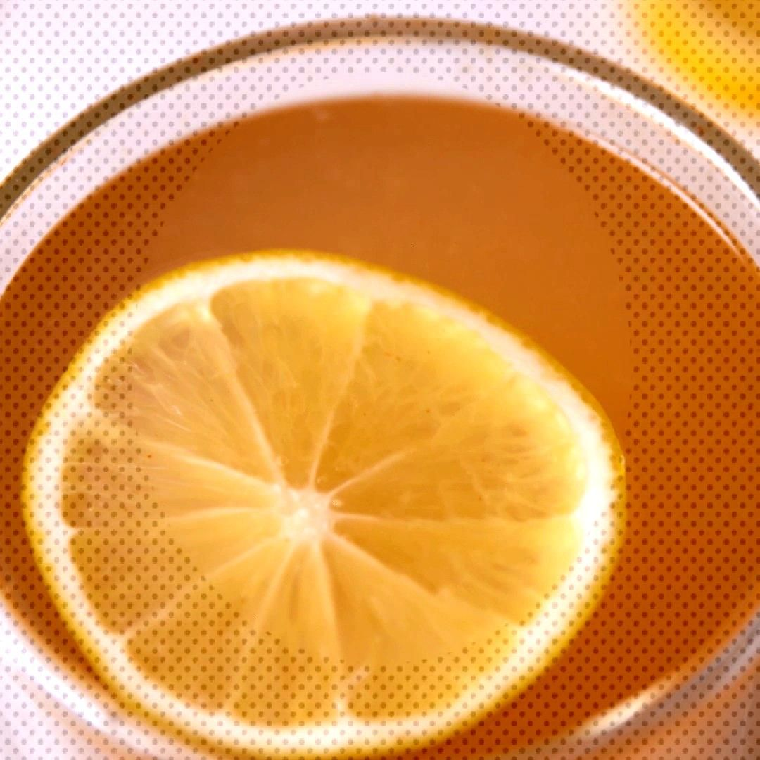 Feeling bloated or just blah This detox drink will help cure you. Lemons, cayenne, and ginger have
