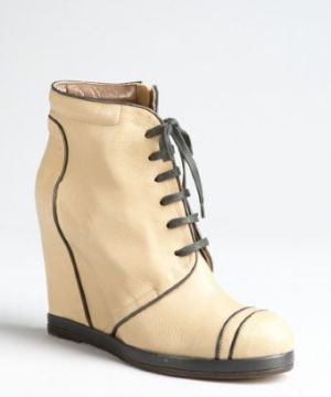 f95cde93e2d5 camel leather lace-up hidden wedge ankle boots Smooth leather upper  Rounded