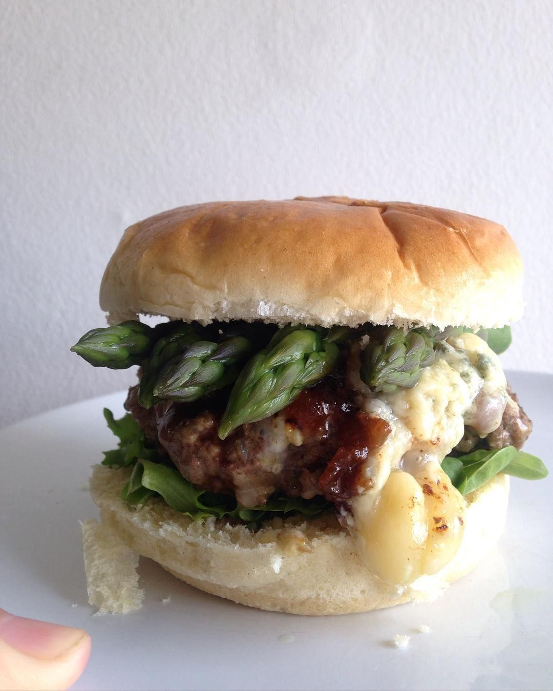 Oh HI late spring burger - British asparagus apple chutney and blue cheese. After a long walk you are most welcome.