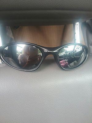 7cd763269a1 Oakley Minute 1.0 Sunglasses Matte Black Grey
