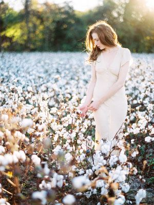 Bridal Portrait in Cotton Field | photography by http://www.michaelandcarina.com/