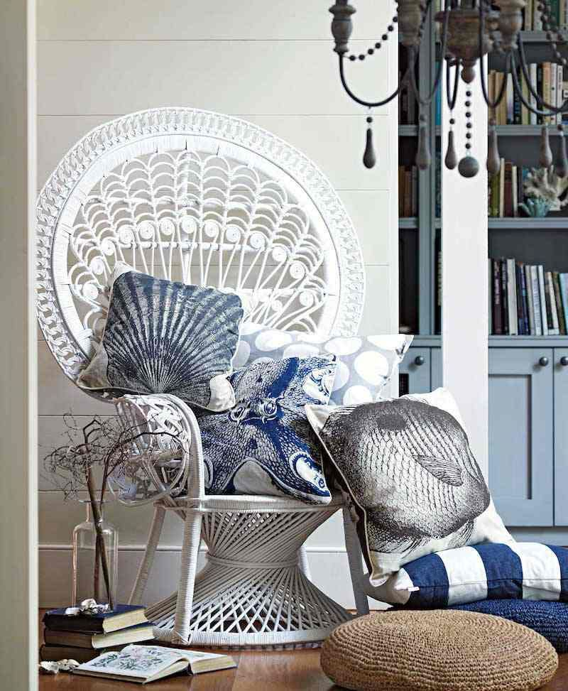 White PEACOCK CHAIR peacock chair boho Pfau stuhl