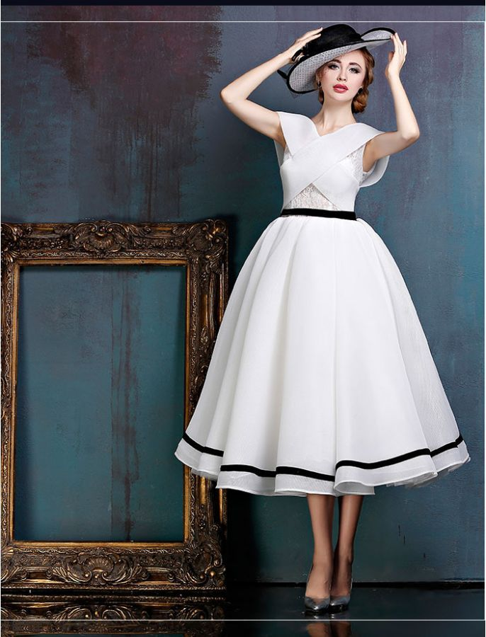 699041a382a Black and White Midi Vintage Ball Gown