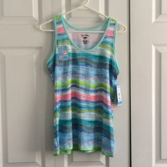 Workout tank top NWT never used! great condition! Reel Legends Tops