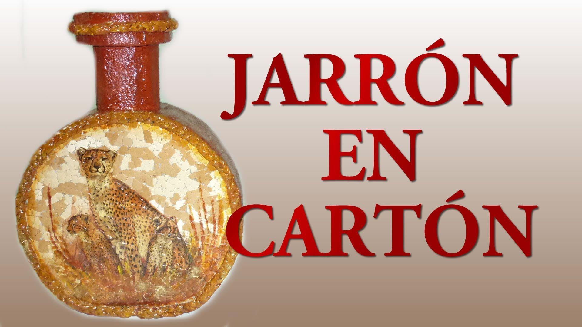jarrn realizado en cartn decorado con cscaras de huevo