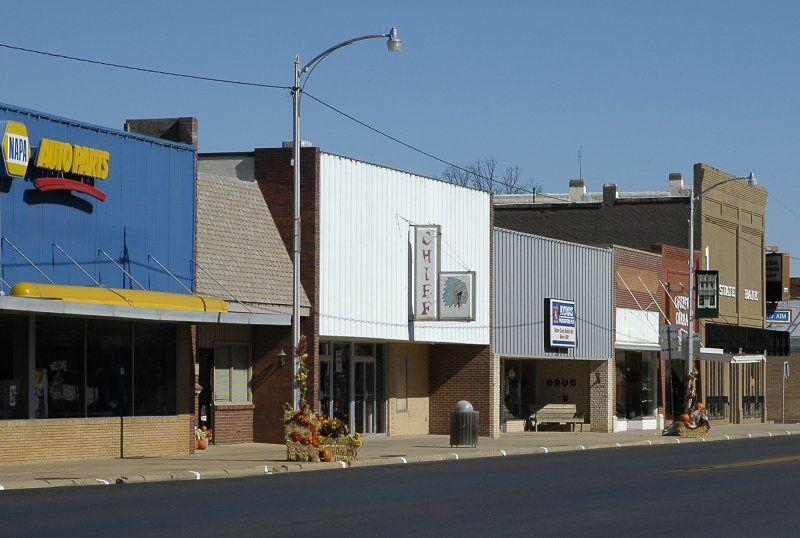 kiowa kansas photos | Kiowa KS Downtown photo - Stephen
