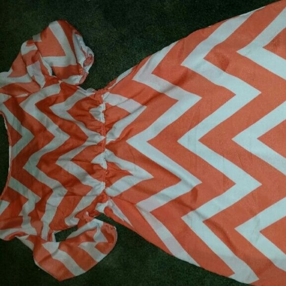 Chevron dress coral/white From Charlotte rouse Charlotte Russe Dresses Mini
