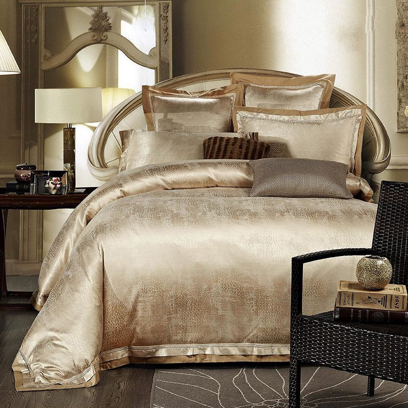 Gold white blue jacquard silk bedding set luxury 4pcs for Luxury cotton comforter sets