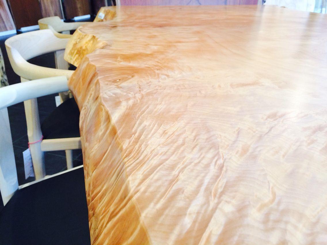 トチ/一枚板/ダイニングテーブル/木目/atelier mokuba/関家具