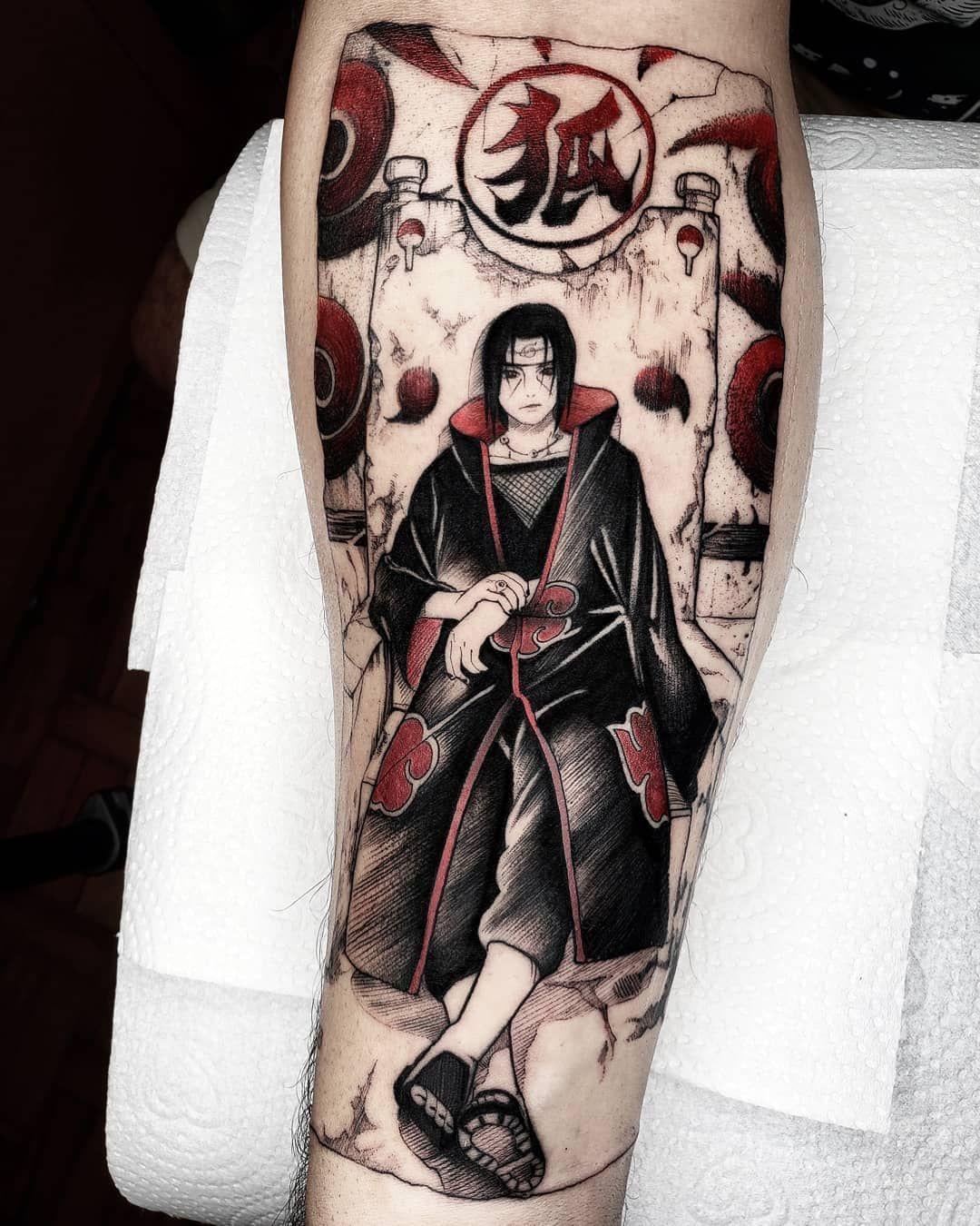 Pin De Gabriel Em Itachi Tatuagem Do Naruto Tatuagem Samurais Tatuagem