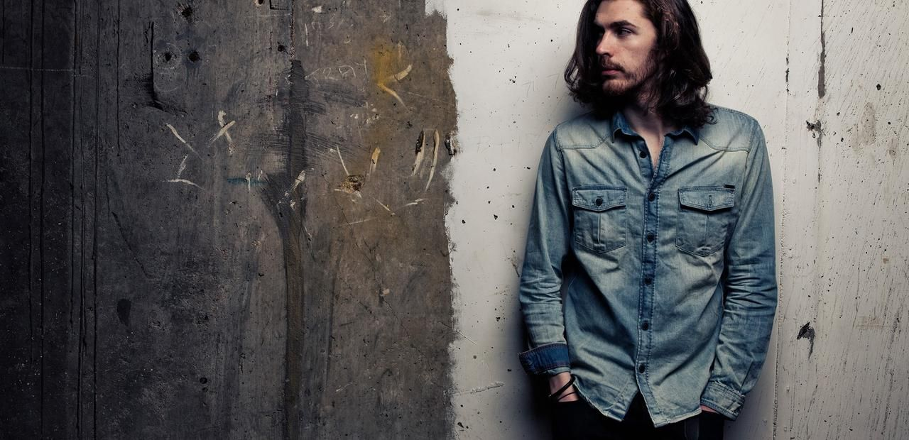 The Story of How Hozier Became Famous Will Make You Appreciate Him Even More - Mic