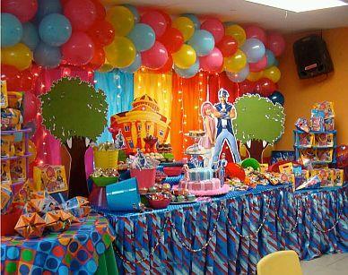 Pin de scarlett a rivera en l party themes lazy town for Decoracion de mesas dulces infantiles