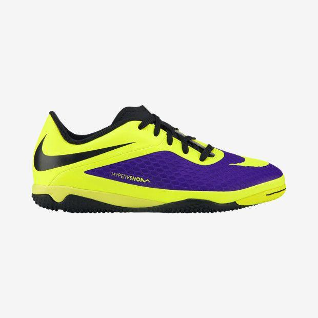 [Noppen: kleine noppen] [Ondergrond: Kunstgras schoenen] [Kleuren: Geel en paars]