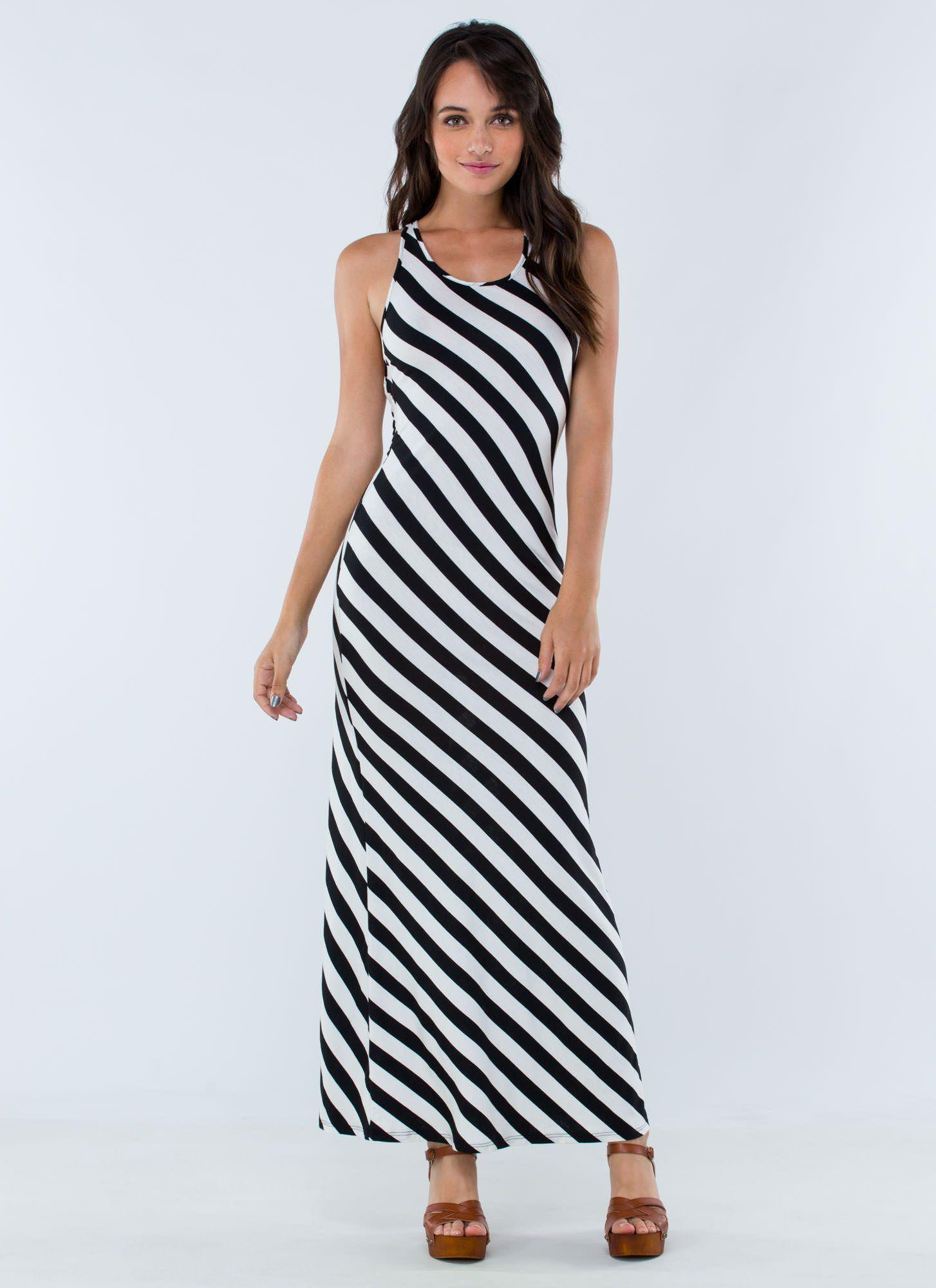 Showing off striped maxi dress black gojane fashion
