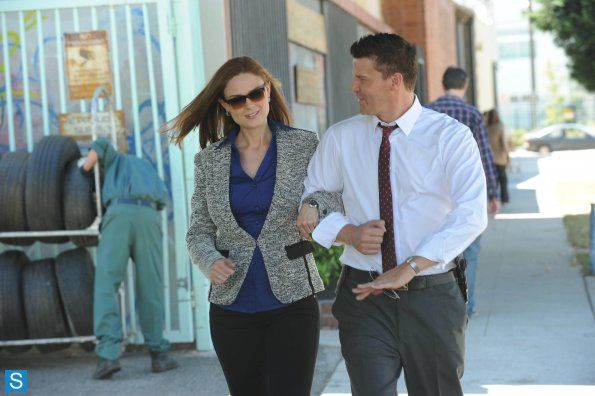 Bones - Episode 9.05 - The Lady on the List - Promotional Photos (2)