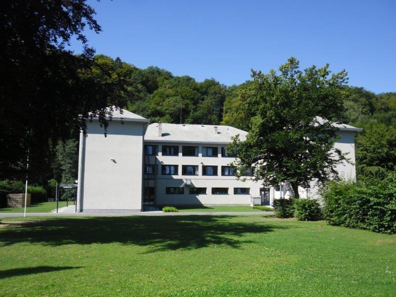 J Club La Besace Entoure Par La Nature Et L Aventure