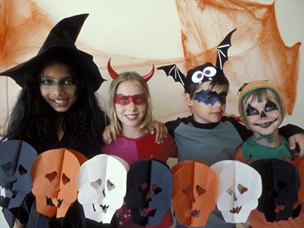 halloween crafts make sure your house looks spook tacular with these creepy - Halloween Decorations For Kids To Make