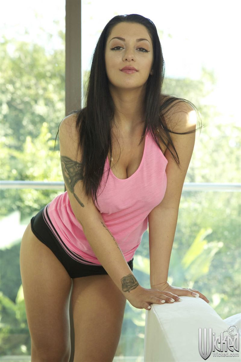 Vanessa sweets breast feed
