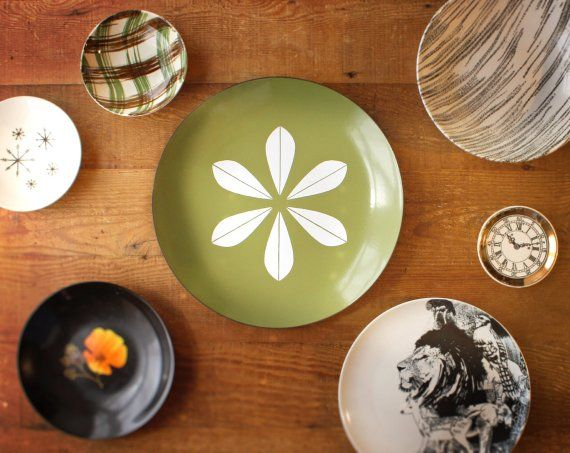 Cathrineholm Large Lotus Plate in Avocado Green #dishware